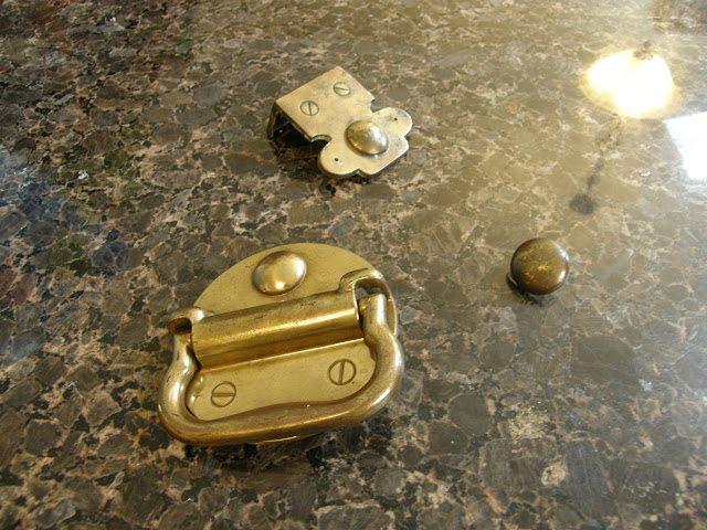 dresser makeover - hardware brass