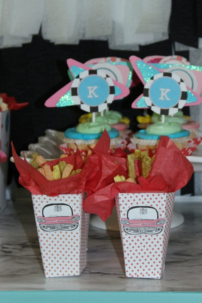 birthday-party-50s-sock-hop - small snack box veggie fries