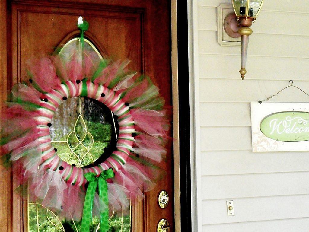 Bring summer to your front door with a watermelon tulle door wreath