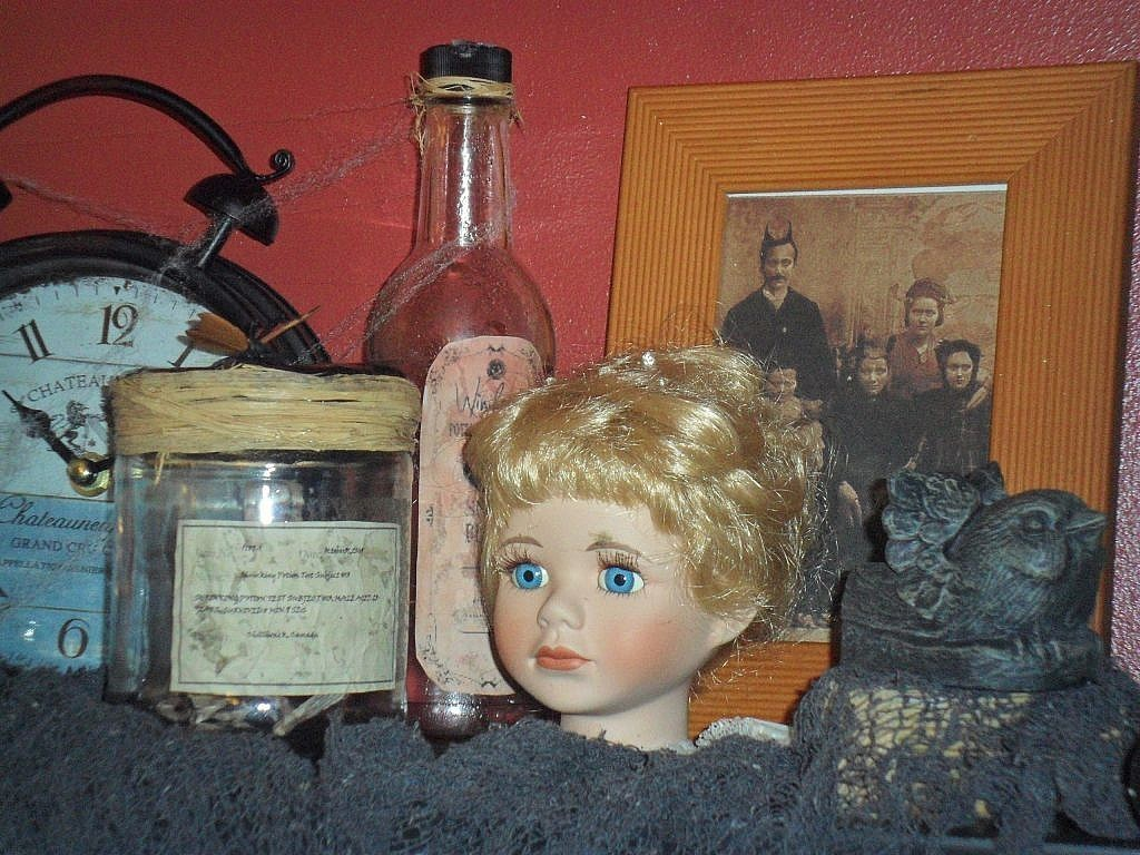 curiosities - doll head