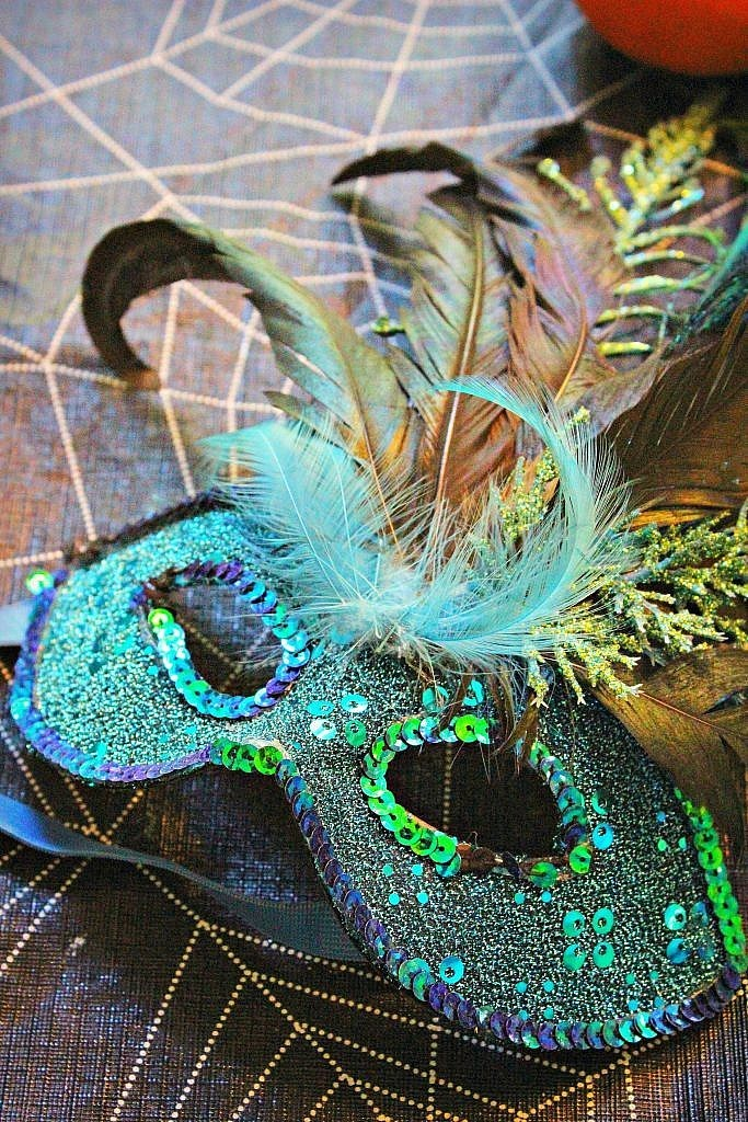 peacock costume - mask