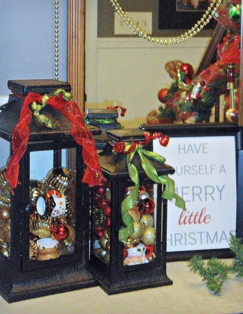 christmas house - foyer vignette