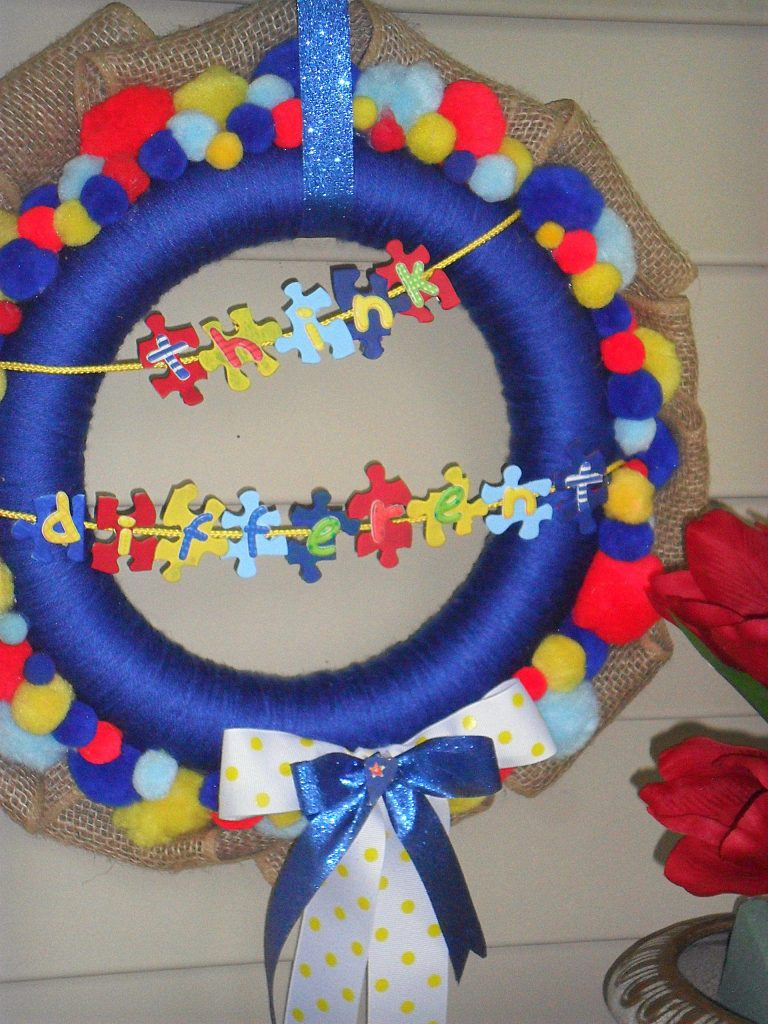 autism awareness - full wreath with tulips