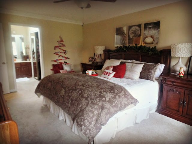 Decorating your home at Christmas - Master bedroom