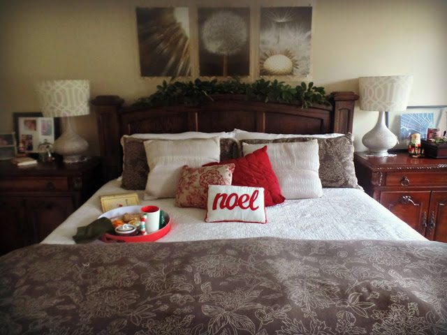 Christmas decor bed Master Bedroom