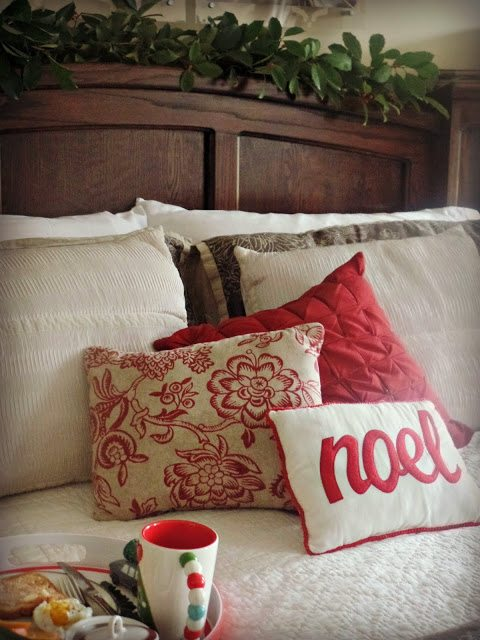 Decorating your home at Christmas - bed throw pillows