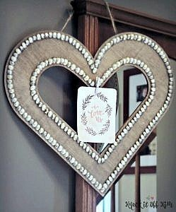 How to Make Easy Valentine's Day Decor - Hanging Heart