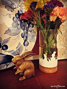 Simple Silhouette Craft Cutter Project: Bunny Paper-cut Vase