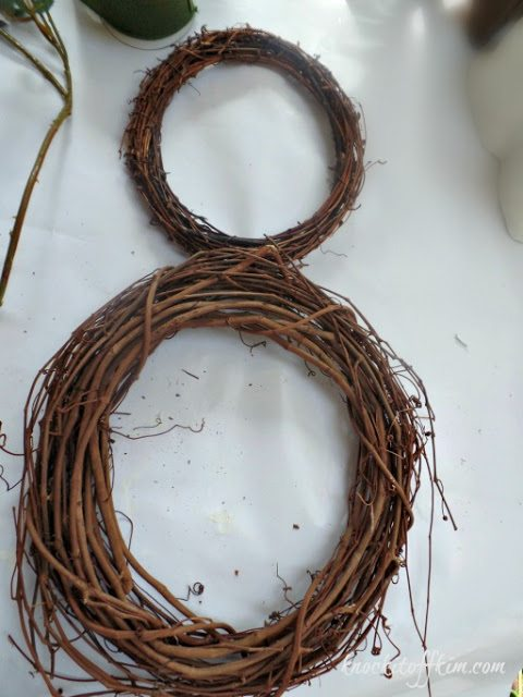 grapevine bunny wreath-headattached