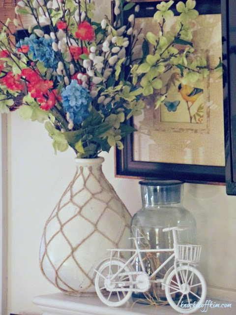 spring-decor mantel_flower_vignette