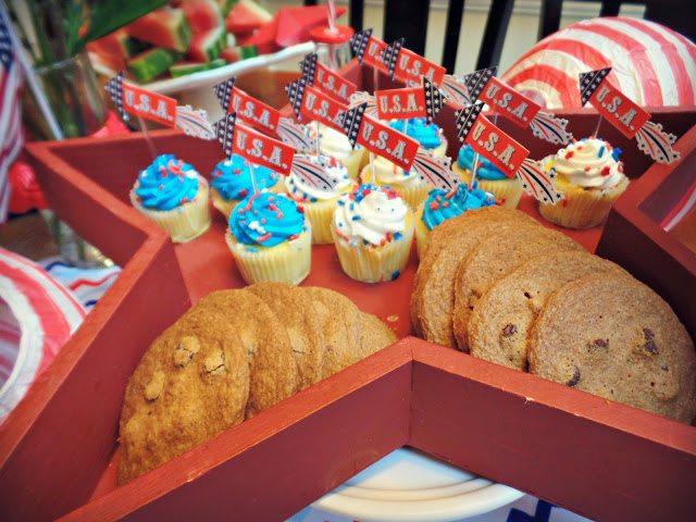 patriotic decorations_desserttray