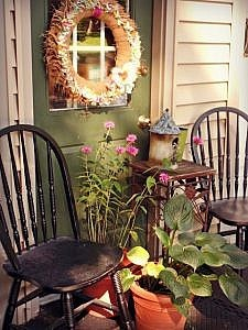 Before and After: Five Steps to a Charming Outdoor Sitting Area