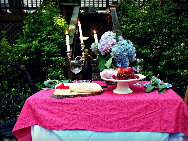 summer alfresco dining table