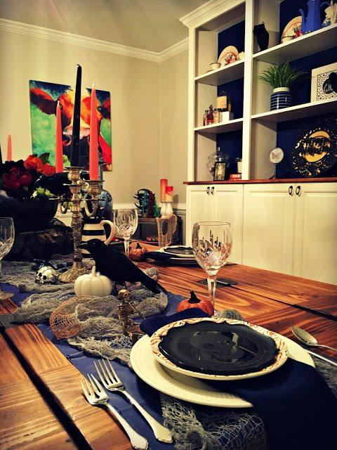 Elegant-Halloween-Table-Decorations
