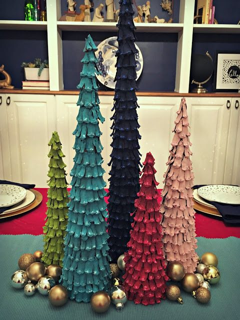 Pinecone Christmas Ornaments - 1