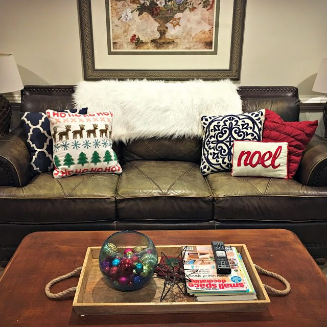 holidayhomethrowpillows