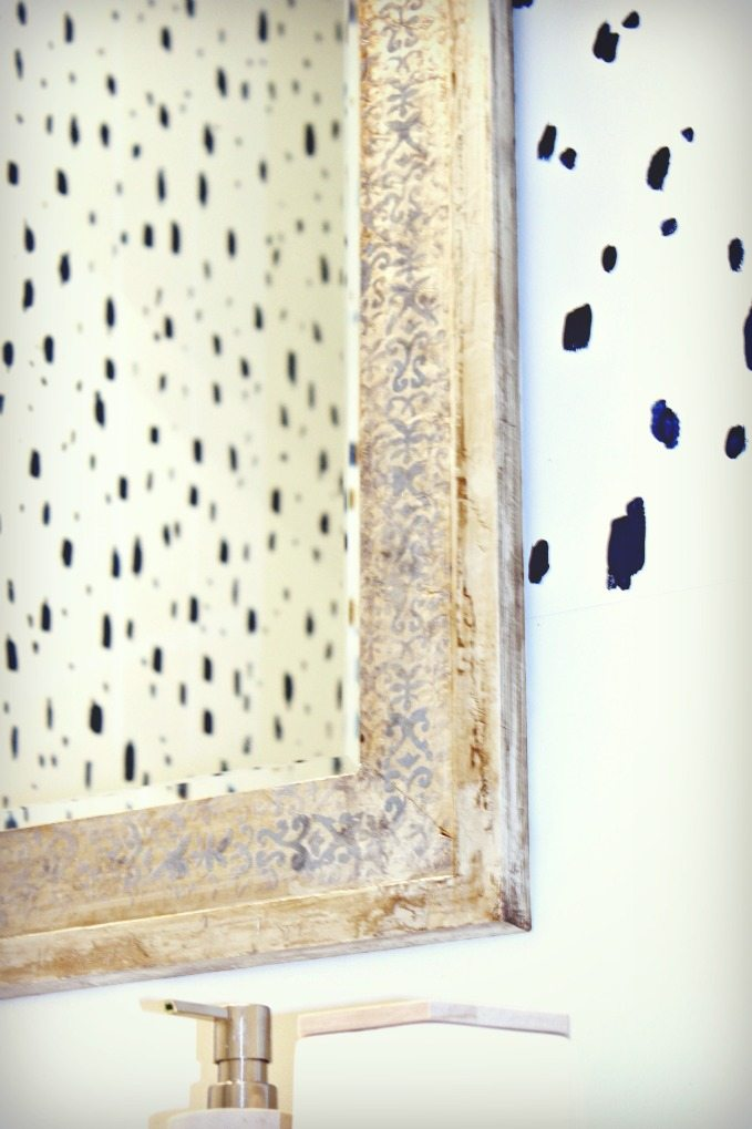 blue-spotted-faux-wallpaper