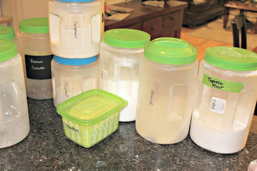 Kitchen pantry organization ideas and DIY labels cut with a Silhouette - sort out the contents