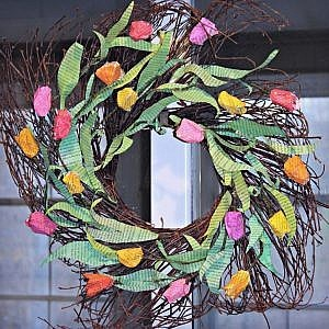 How to make this vibrant unique Spring Wreath (from book pages!)