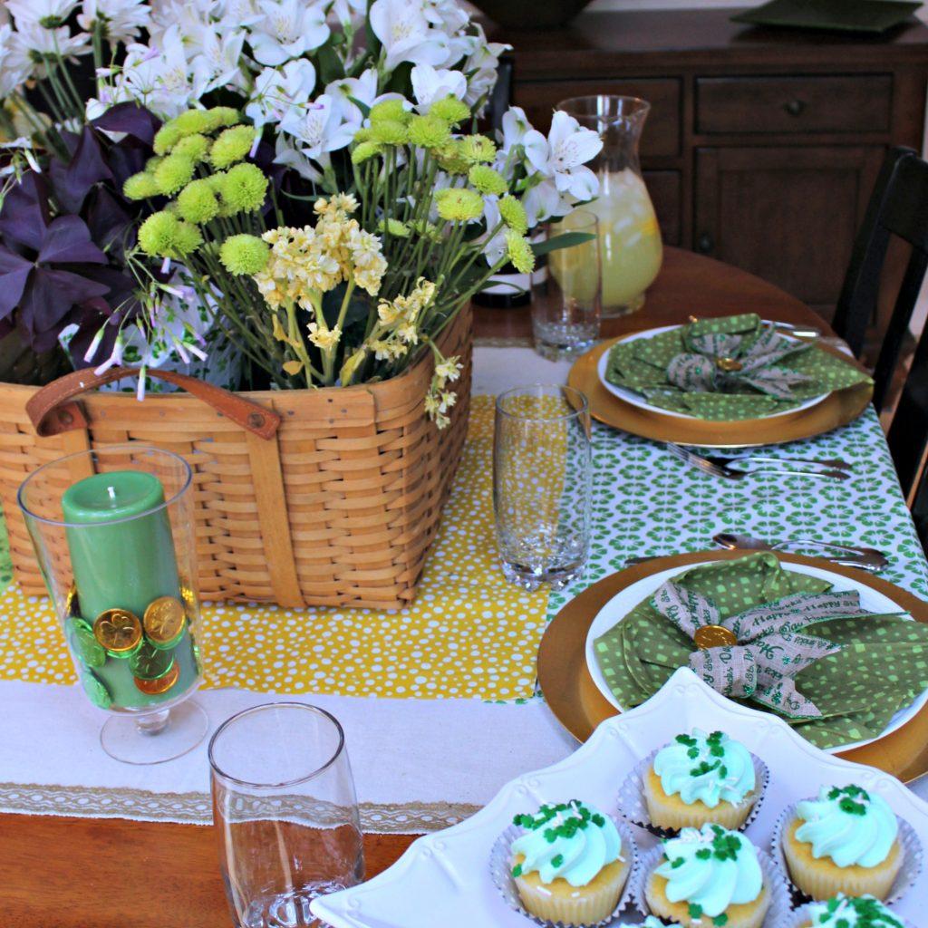 St Patricks Day Tablescape Knock it Off Kim