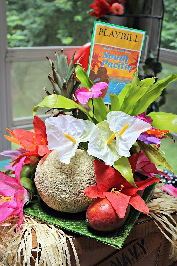 South Pacific Broadway Table Setting Centerpiece7