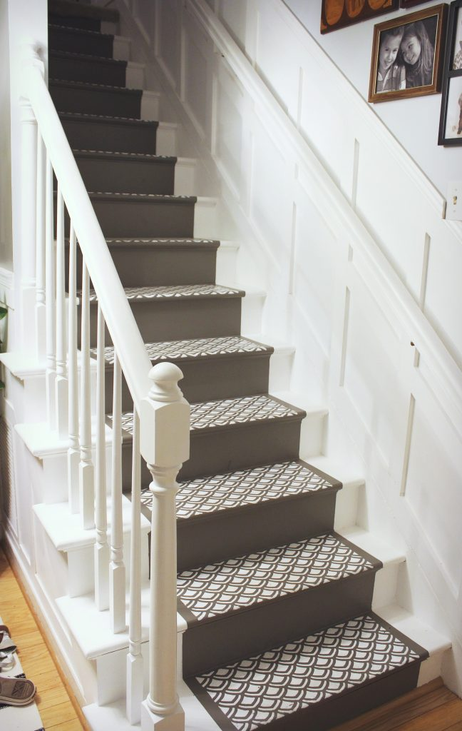paint a runner on stairs