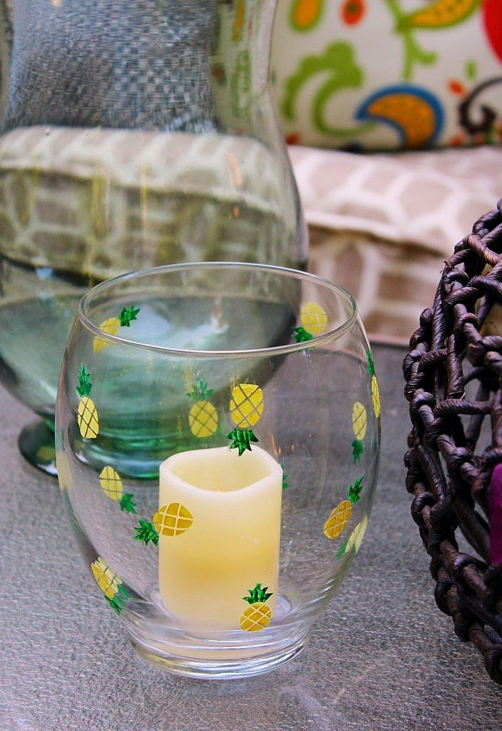 pineapple decor - candle holder closeup