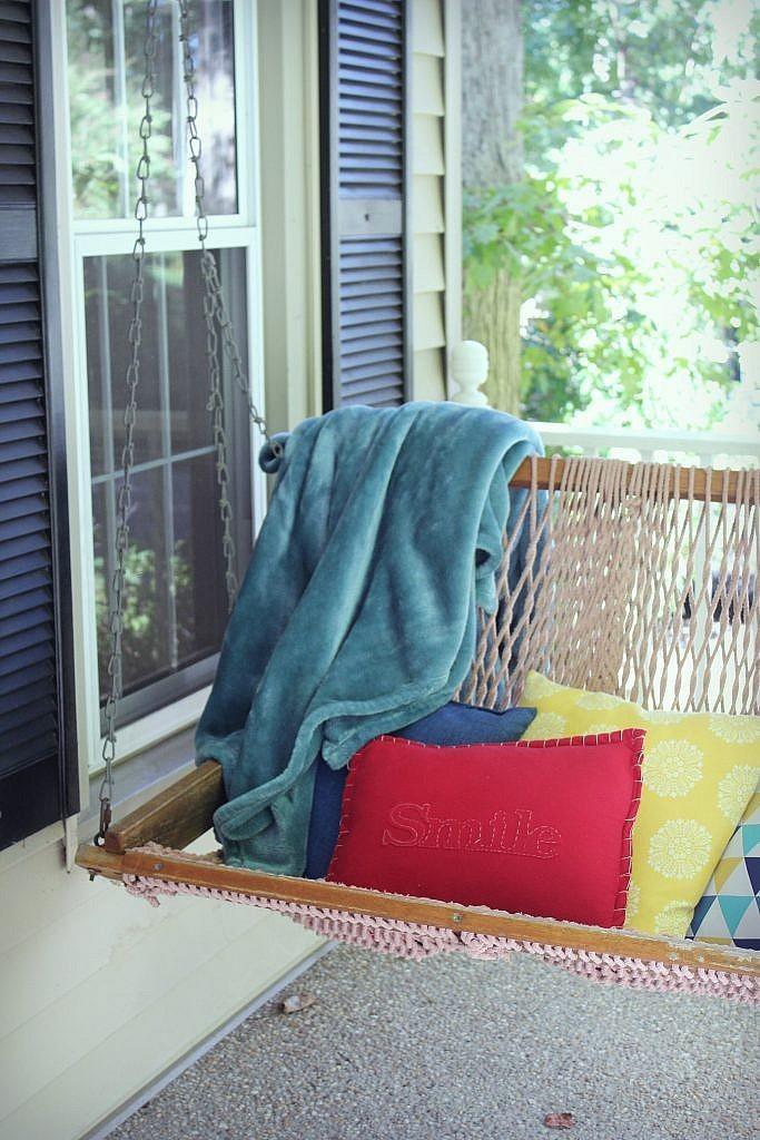 Front Door Porch Fall 2017 - Swing