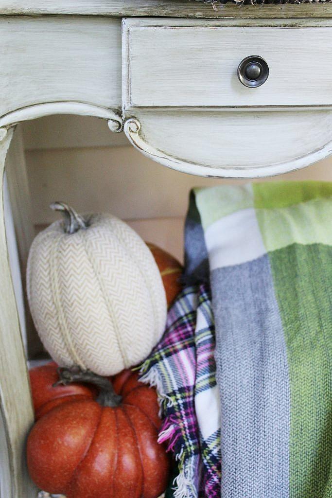 cute fall porch ideas