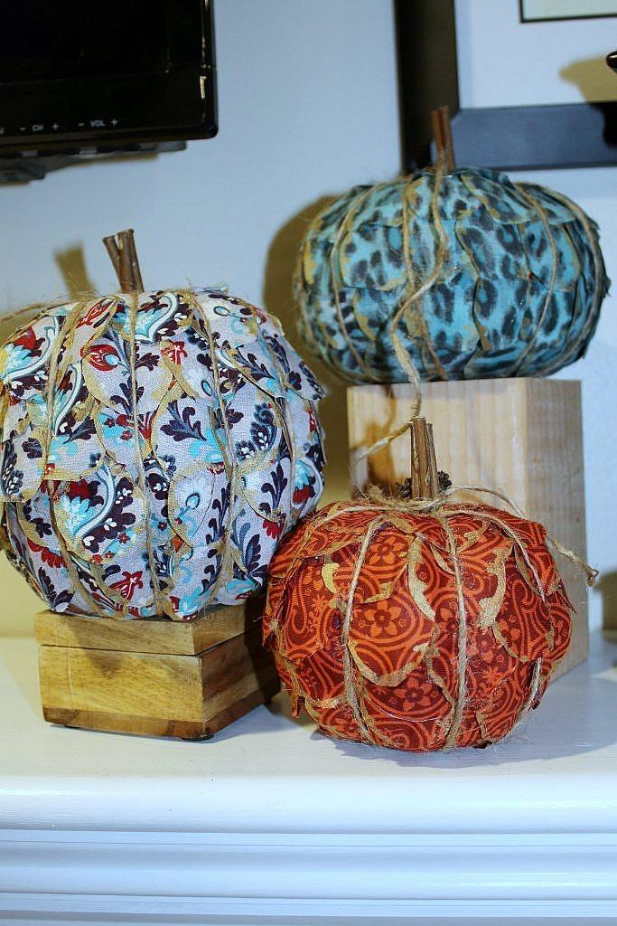 fireplace decor ideas - easy pumpkin crafts