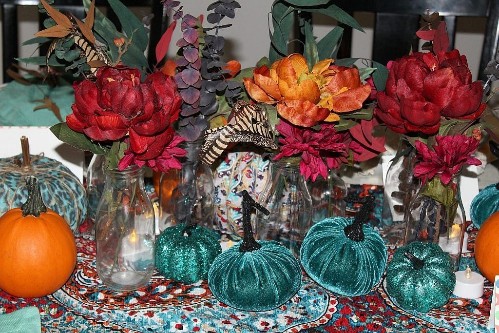 thanksgiving table - centerpiece