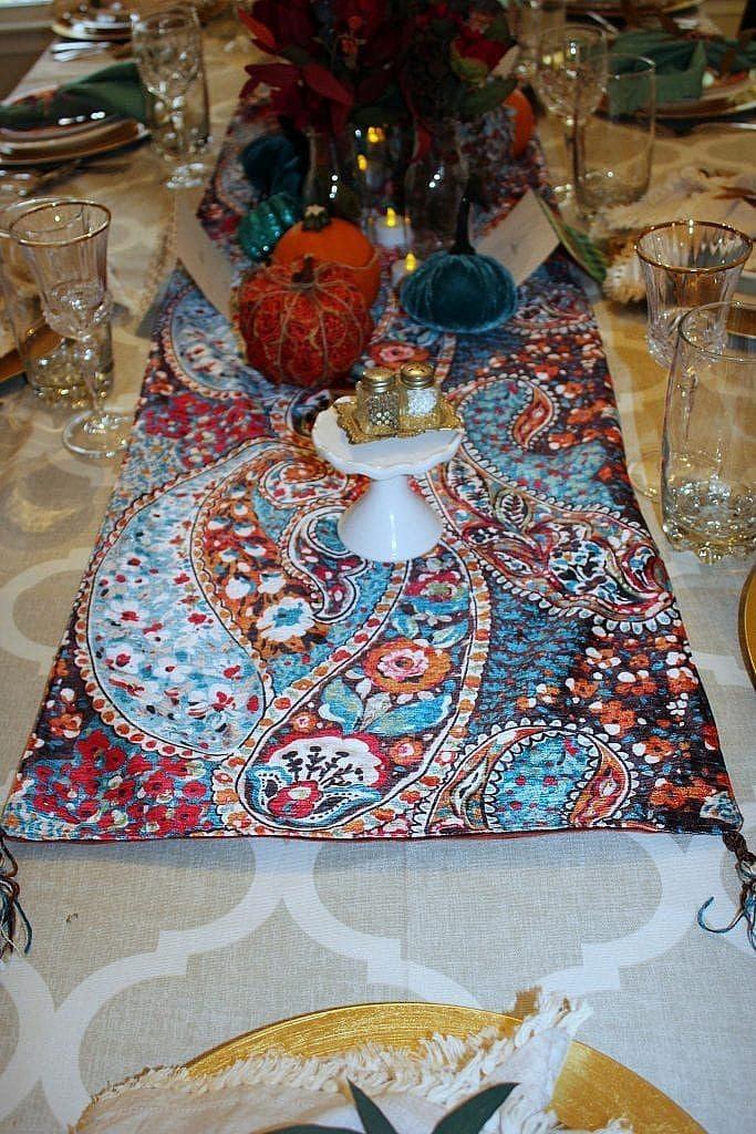 thanksgiving table - runner