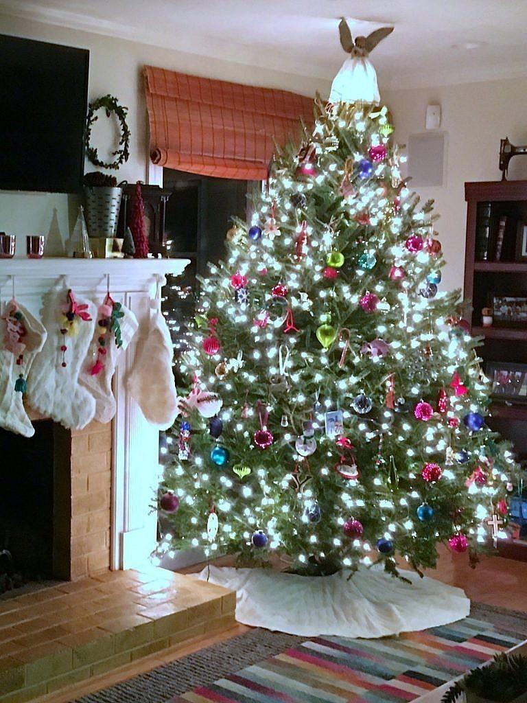 Christmas Fireplace-Tree