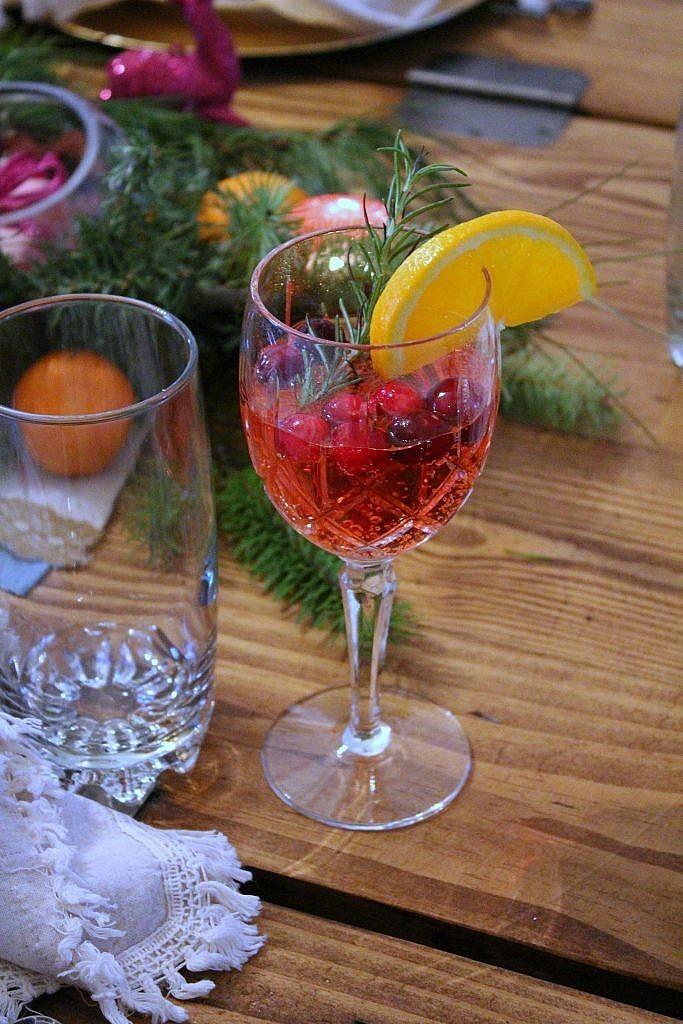 vintage Christmas - Cranberry Mimosa