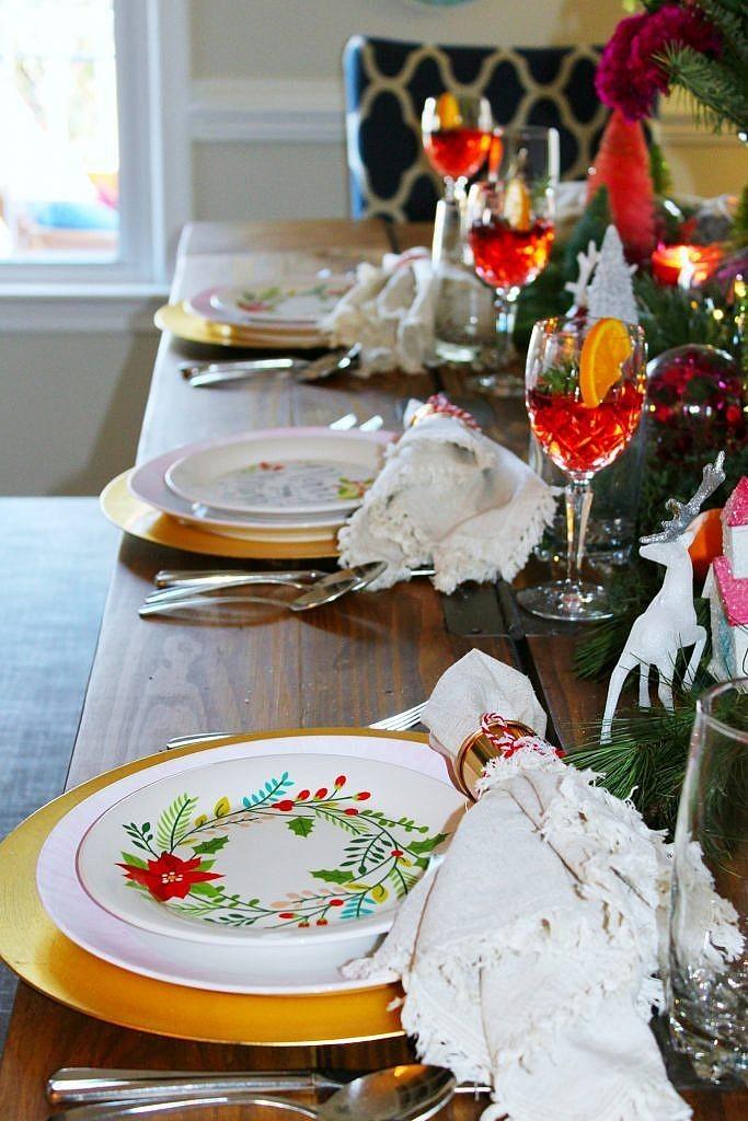 vintage Christmas - pink plates