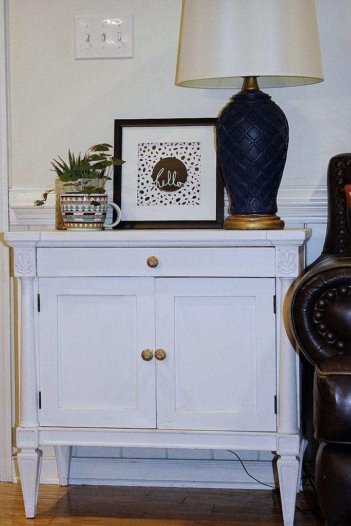console cabinet - end