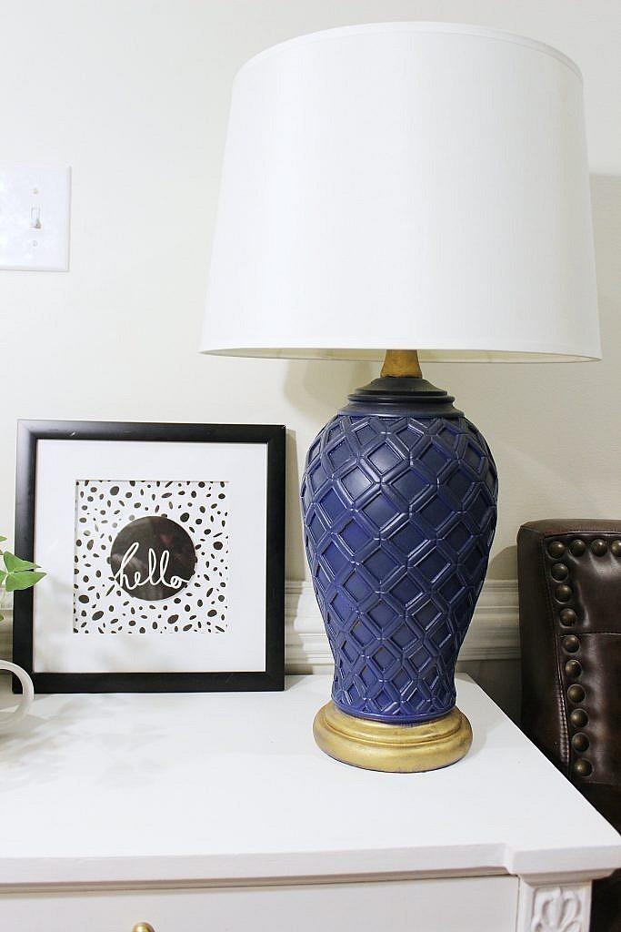 console cabinet - lamp