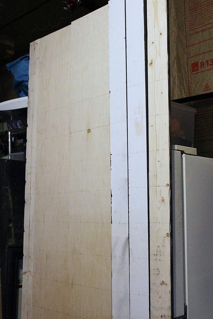 Wall Shelves - level shelf holes - stand upright