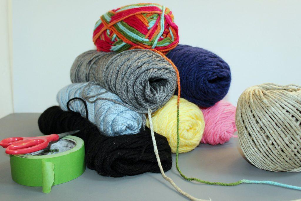Braided Pom Pom Rug-materials