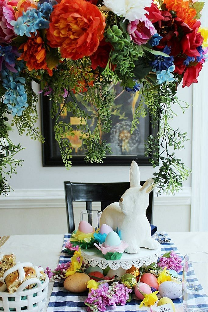 Easter Table Decorations - chandelier wreath table