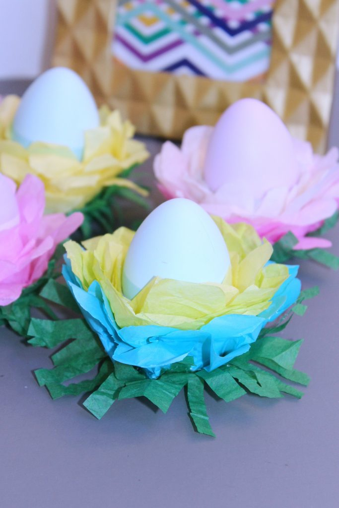 egg stand Easter Decorations - blue ombre