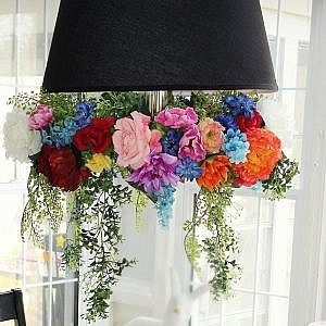 flower chandelier - FEATURE