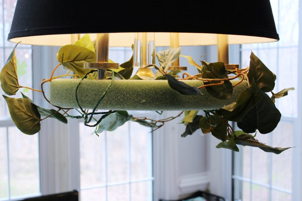 flower chandelier - greenery 1