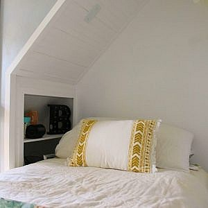 closet bed nook - feature