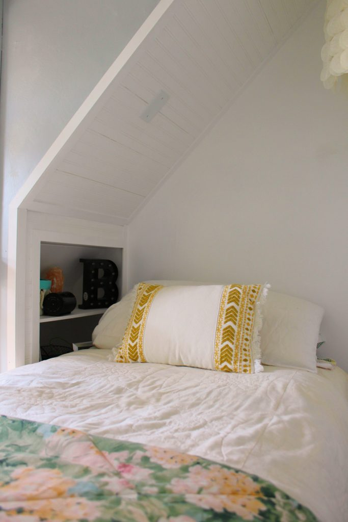closet bed nook - side shelf