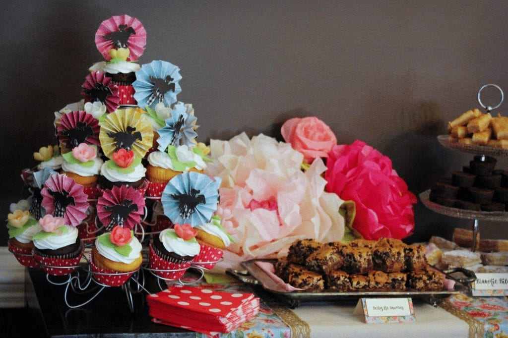 Kentucky Derby Party - Dessert table