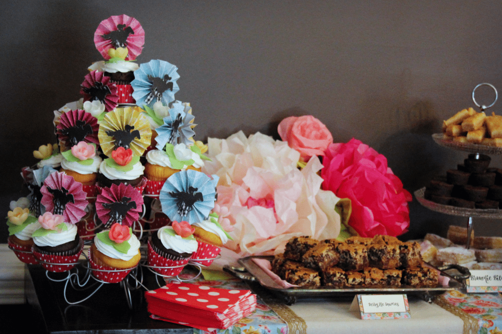 Kentucky Derby Party - Dessert table