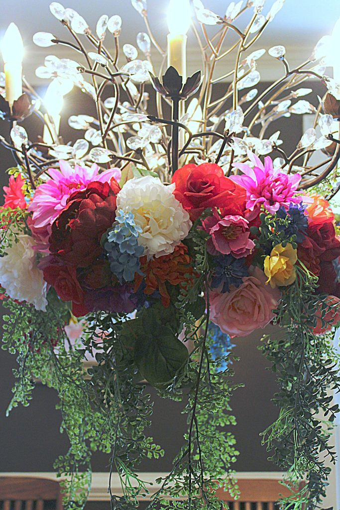 Kentucky Derby Party - Floral Chandelier Wreath