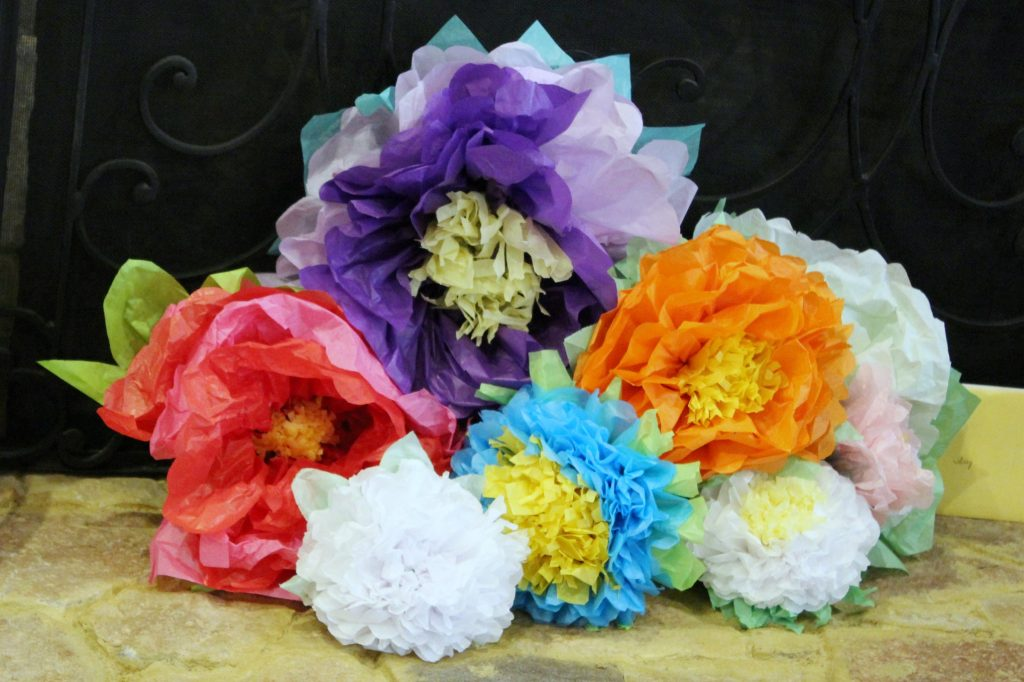 Kentucky Derby Party - flowers on fireplace