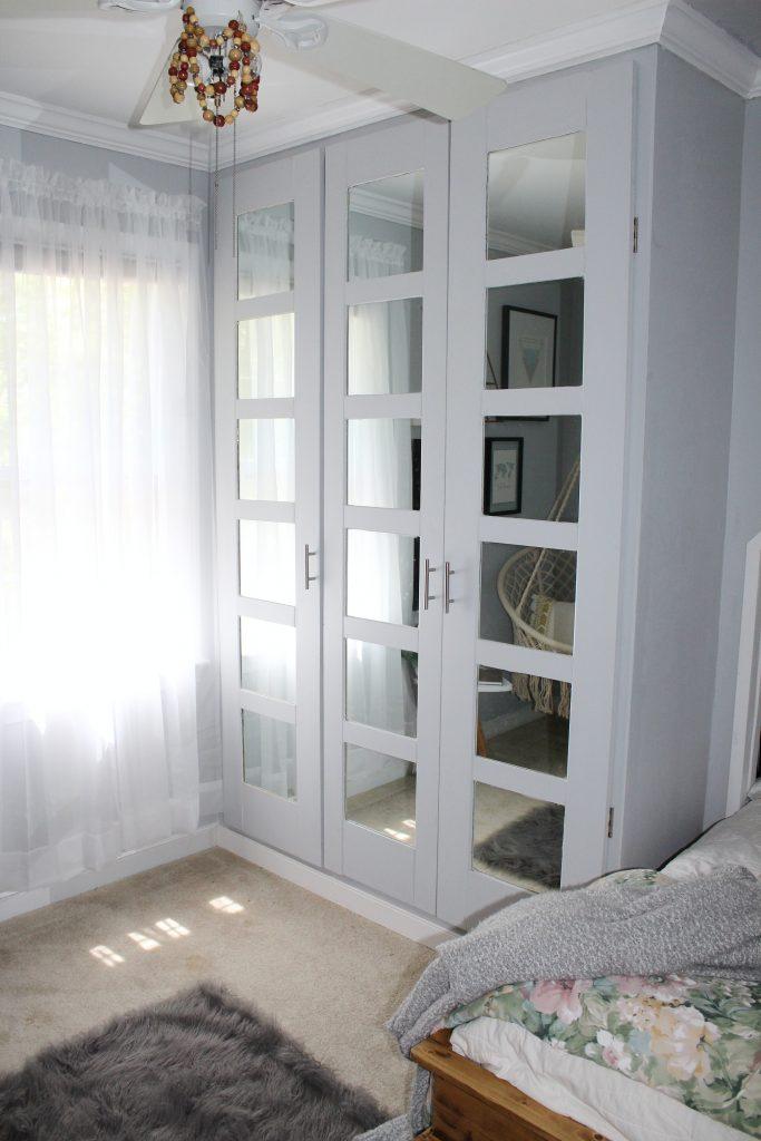 boho bedroom - closet